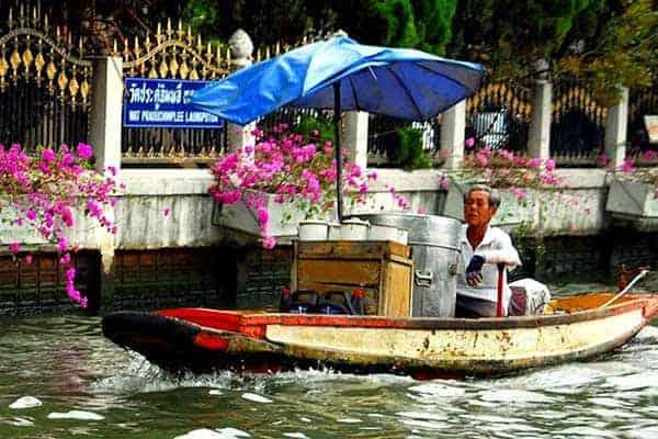 Bangkok day tour tuk tuk's